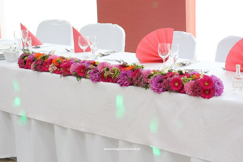 z11 dekoracja stołu panstwa młodych