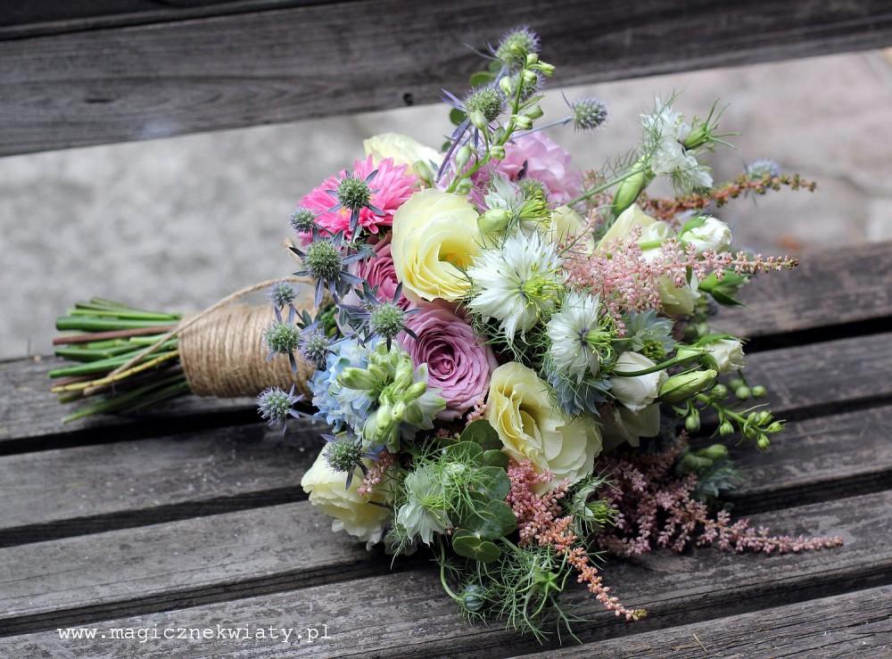 rózowy, fuksja, czerwony, bukiet ślubny, kraków, magiczne kwiaty